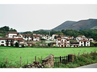 The quiet village of Bozate - home to the agotes_basquecountrywalks