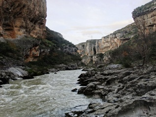 The far end of Foz de Lumbier,close to El Puente del Diablo_basquecountrywalks