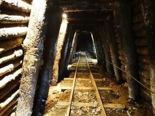 Railway_line_Arditurri_mines_basquecountrywalks